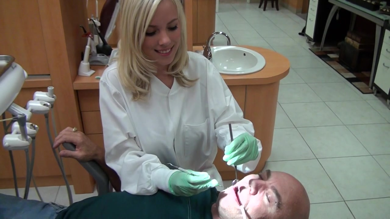 This dentist has made a mouth brace that makes people better